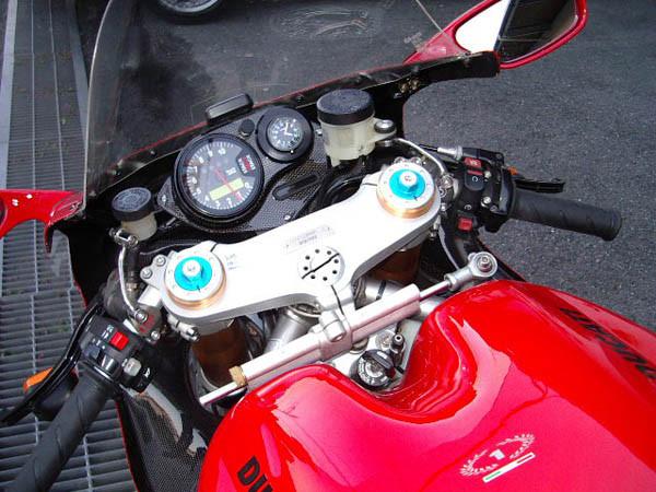 DUCATI 998R 8.JPG