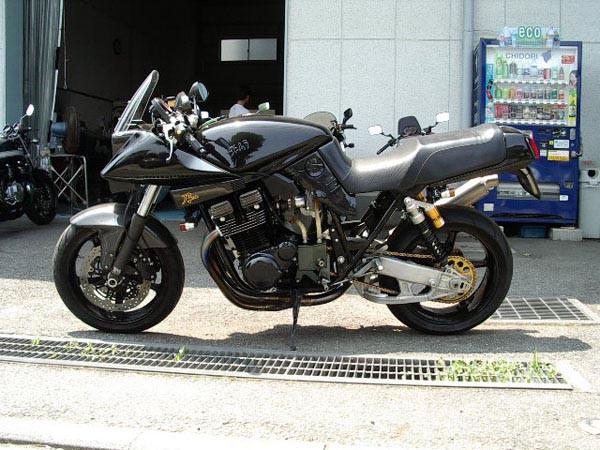 SUZUKI カタナ1100 1135R ヨシムラ 2.JPG