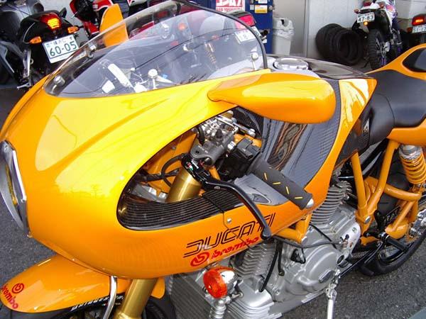 DUCATI MH900 16.JPG
