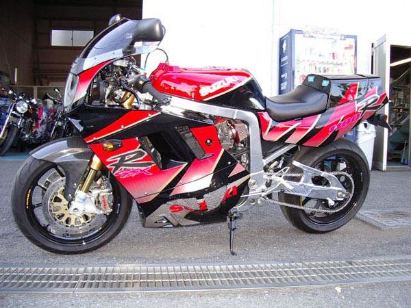 GSX-R1100 '92 2.JPG