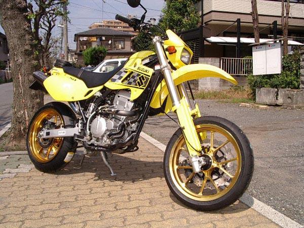 SB250 2.JPG