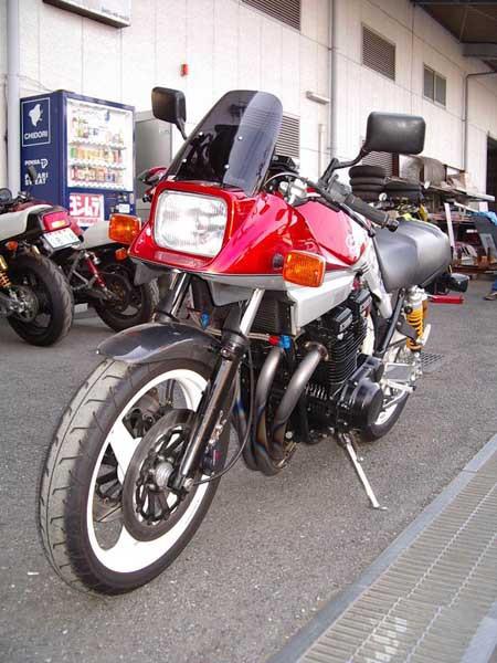 SUZUKI カタナ1100 6.JPG