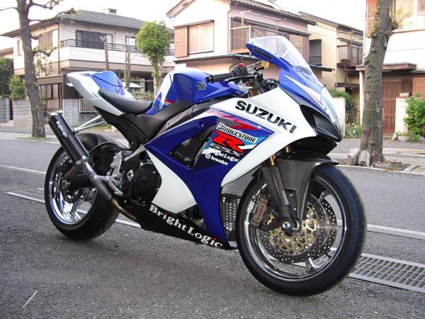 GSXーR1000 K7 2.JPG