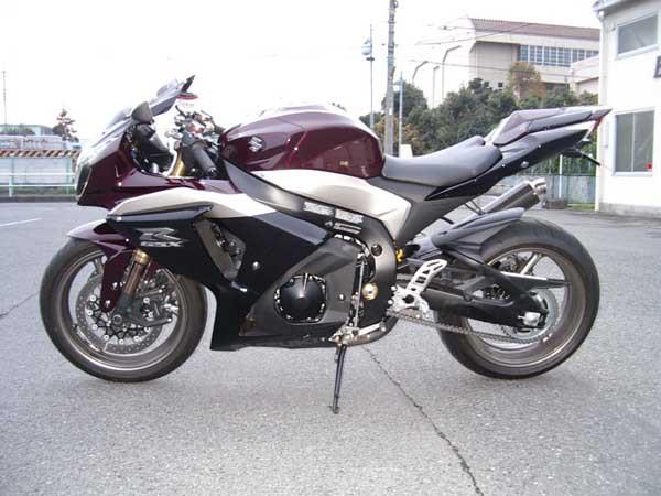 SUZUKI GSX-R1000 K9 2.JPG