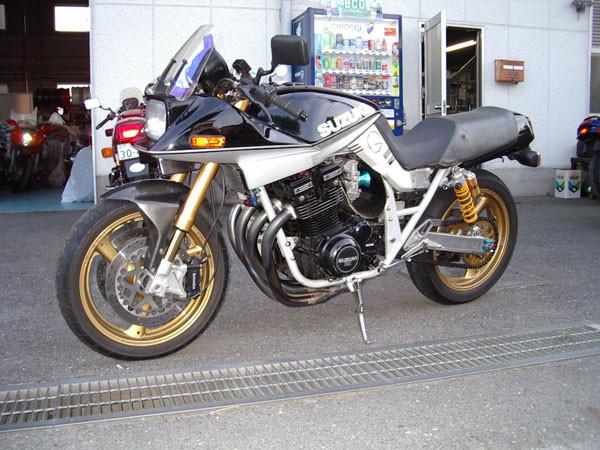 SUZUKI カタナ11002.JPG