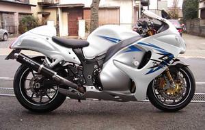 GSX1300R 隼 '09 ホワイト 1.JPG