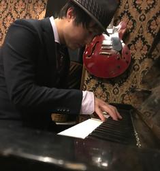 ピアニスト 越智友博