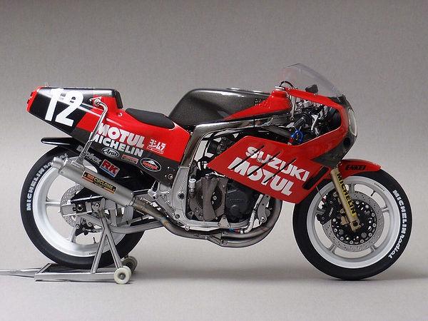'86 ヨシムラGSX-R 鈴鹿8耐仕様  9.jpg