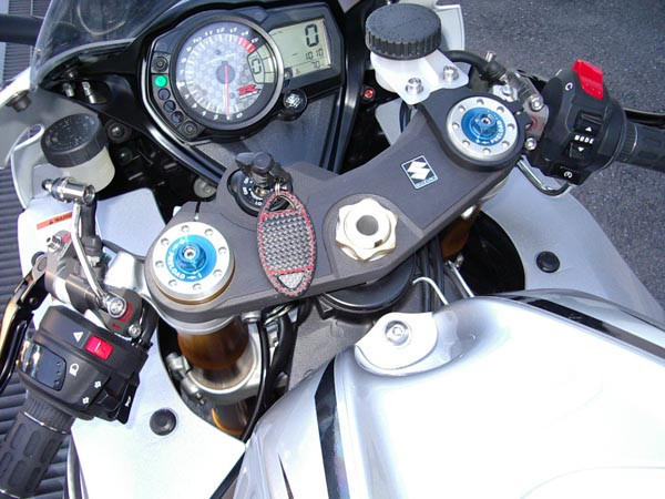 GSX-R1000 K8 8.JPG