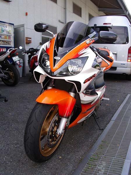 HONDA CBR600RR F4 4.JPG