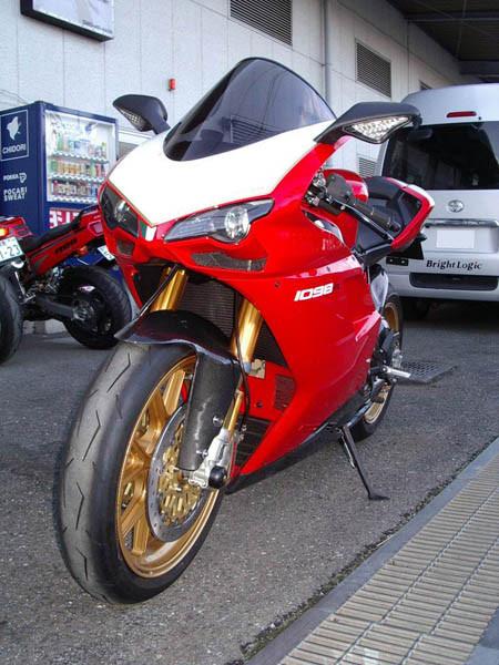DUCATI 1098R 5.JPG