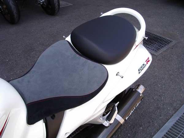 GSX1300R 隼 '08 ホワイト10.JPG