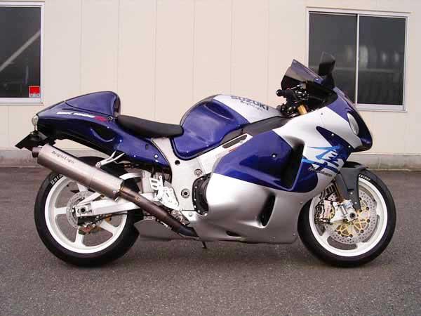GSX1300R  隼 シルバー_アルミホイールホワイト.JPG