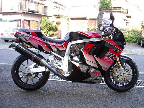 GSX-R1100 '92.JPG