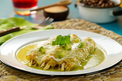 20 Enchiladas de Queso Fresco con Poblano & Cebolla