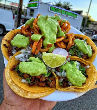 tacosconguacamole-tacoboyshop.jpg