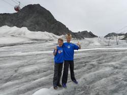 Justus und Jonathan - Stubaier  Gletscher.