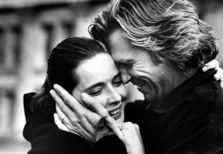 Αυτές είναι οι 10 συνήθειες των ζευγαριών με τις πιο ευτυχισμένες σχέσεις, σύμφωνα με τους ειδικούς