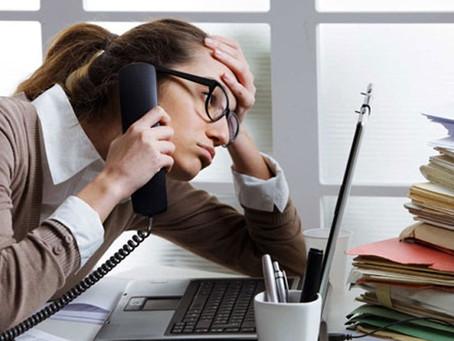 Η εργασία από το σπίτι βλάπτει σοβαρά την υγεία