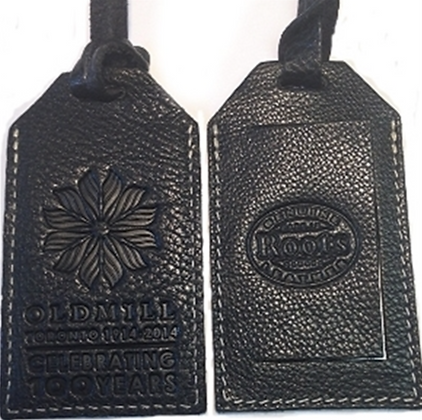 A LUGGAGE TAG CELEBRATING 100 YEARS (BLACK)