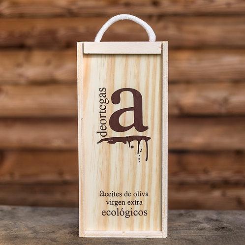 Holz-Geschenkkarton mit 2 Sorten Olivenöl gemischt