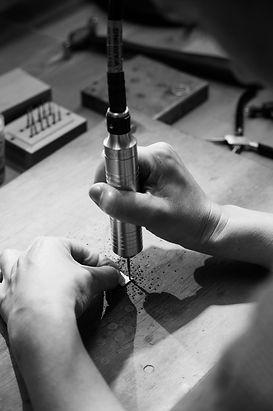 black and white silversmithing studio drill flexshaft