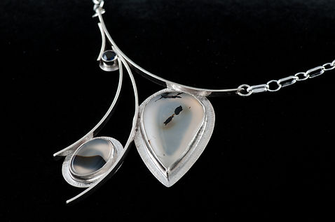 Necklace silver chain agate iolite