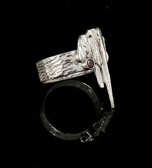 Ring silver reticulation broom casting garnet
