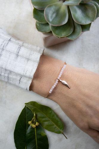Delicate blush pink beaded bracelet BC25