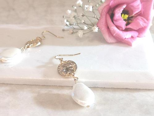 Goddess pearl earrings