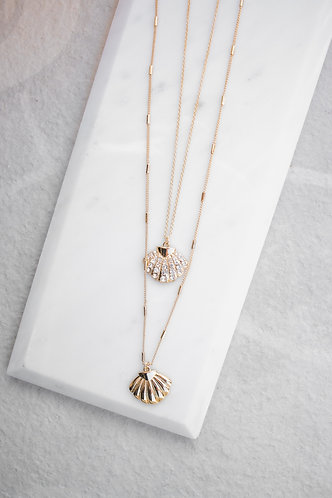 Gold shell layered necklace N049
