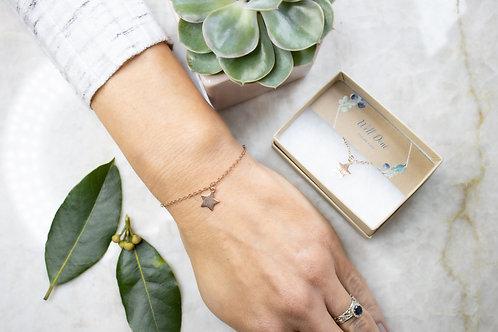 Gold Brushed Star bracelet BC26