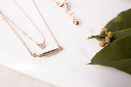Dainty layered leaf pendant necklace N016