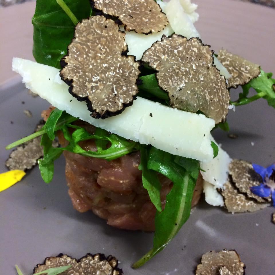tartare de veau a la truffe