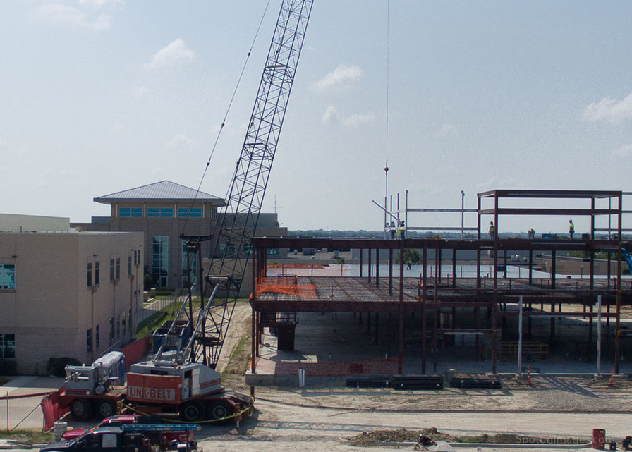 Drone Medical Building-2.jpg