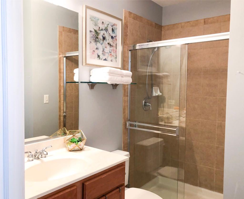 Calumet Guest Bath.jpg