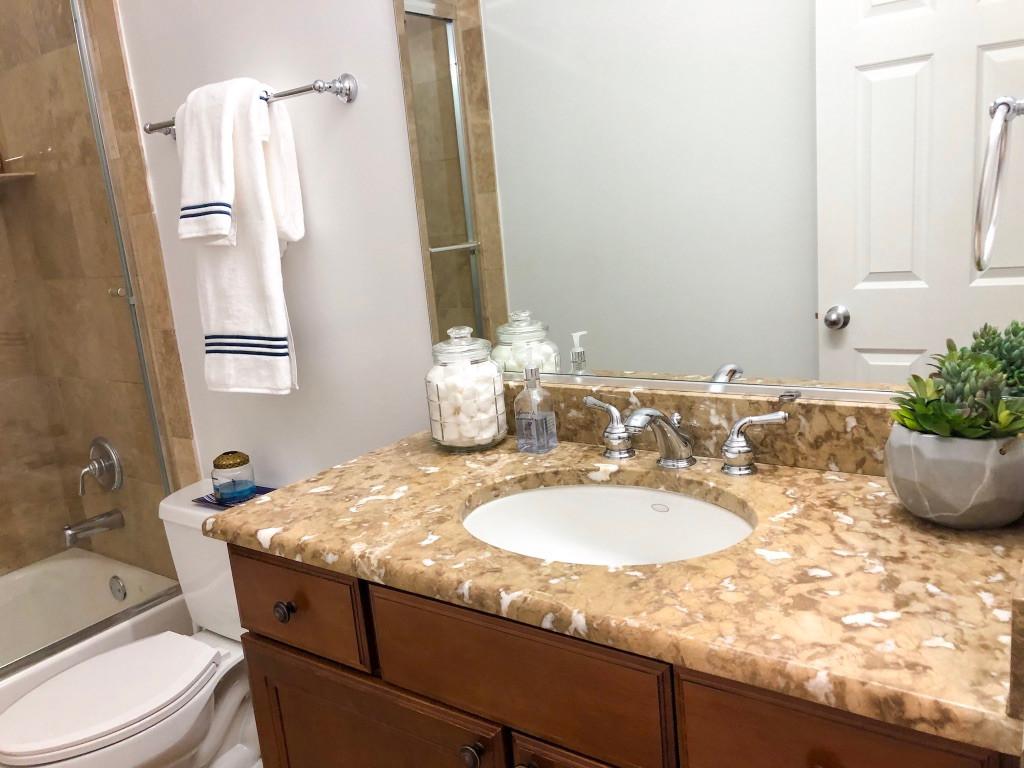 ST Louis Guest Bath.jpg