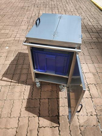 stainless steel receptacle