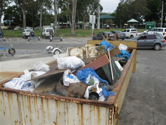 20 tonnes of rubbish