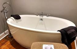 Kohler free standing tub