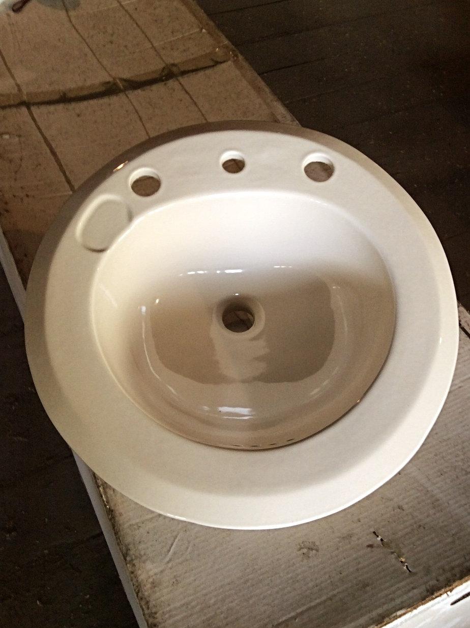 Groovy U R Round Cream 19 Round Drop In Bathroom Sink With 8 Centers Unemploymentrelief Wooden Chair Designs For Living Room Unemploymentrelieforg
