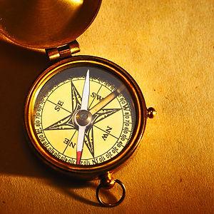 Sylvain Pech, astrologue, formateur et consultant depuis plus de vingt ans est fondateur de l'Astrologie analytique® dédiée à  l'évolution de la conscience. Il propose un cursus complet de formation du débutant au professionnel.