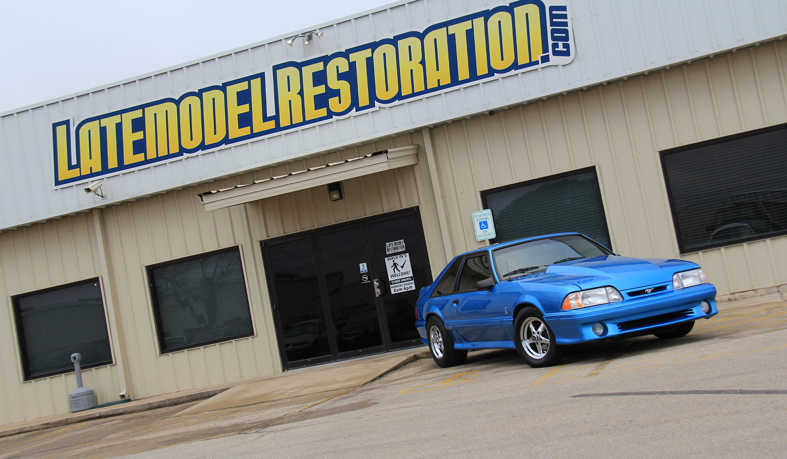 Latemodel_Restoration_Fox_Body_Mustang.j