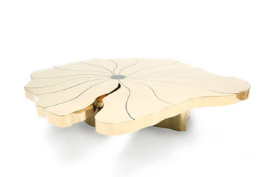 Blooming coffee table