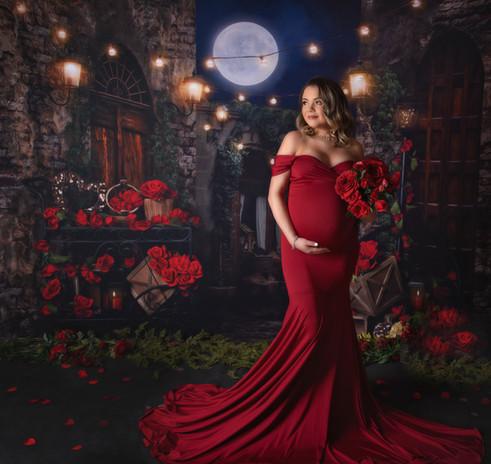Valentine's Maternity Session