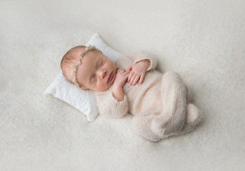 Newborn Photography, Baby Girl