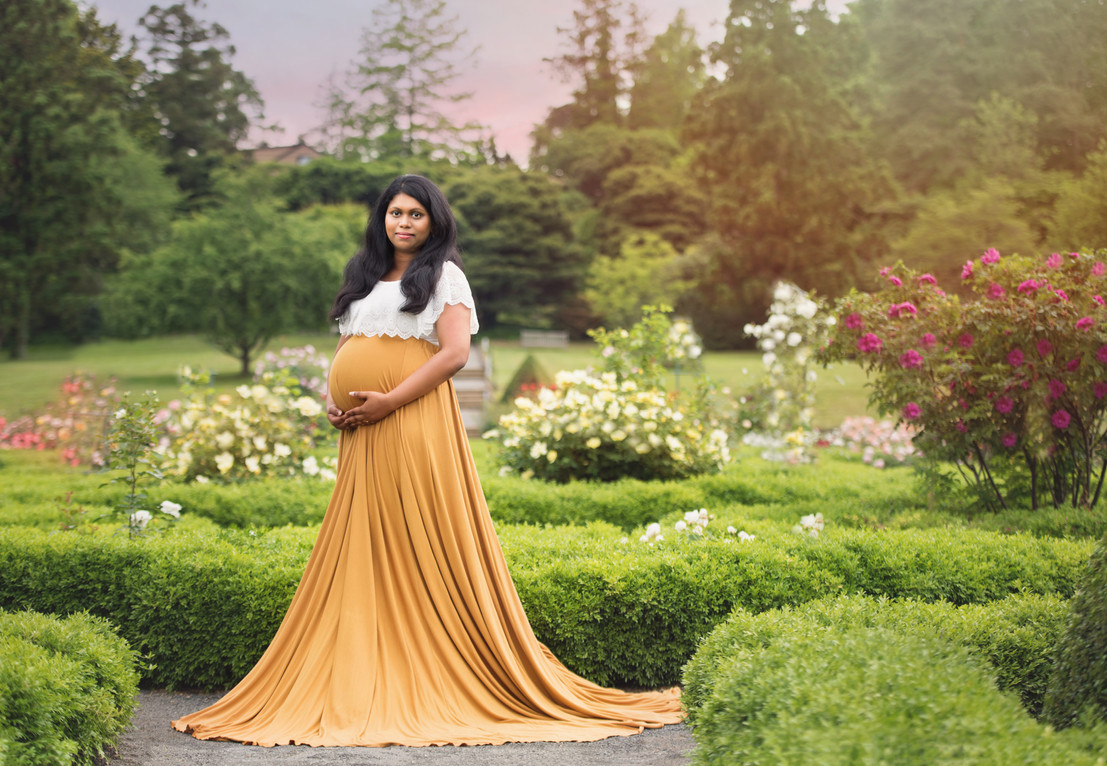 Deep Cut Garden Maternity Photography