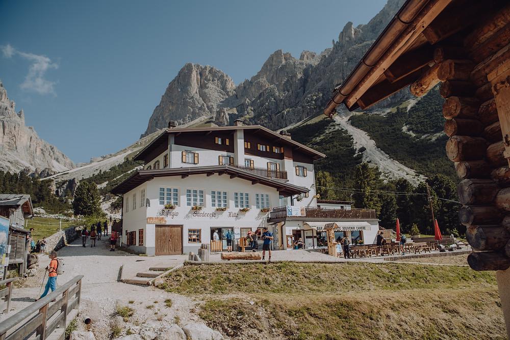 Rosengarten-hike-Dolomieten-val-di-fassa