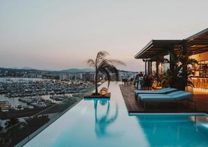 Bijzonder-overnachten-op-Ibiza