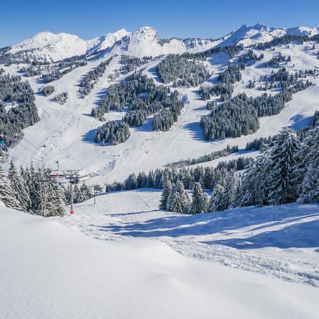 Wintersport in Les Gets, Portes du Soleil, Frankrijk